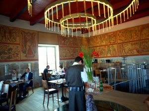 enterijer restorana Strelec